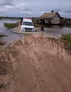 Jalan Alternatif Sejangko-Sungai Keli Terendam Banjir