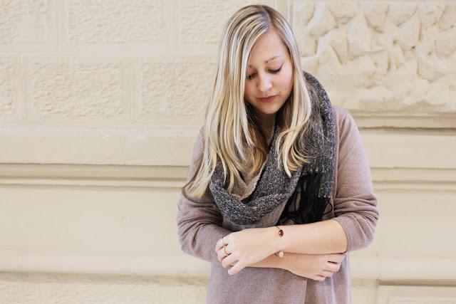 Strick Kleines Schwarzes Kleid ootd Mode Blog Fashionblogger Layering Look