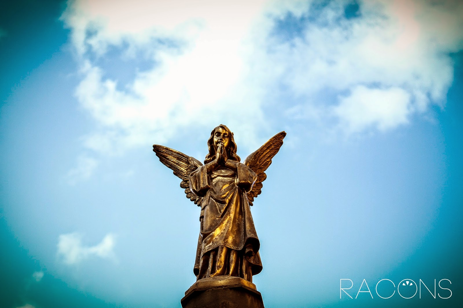 Angel entrada jardí de l'angel Girona