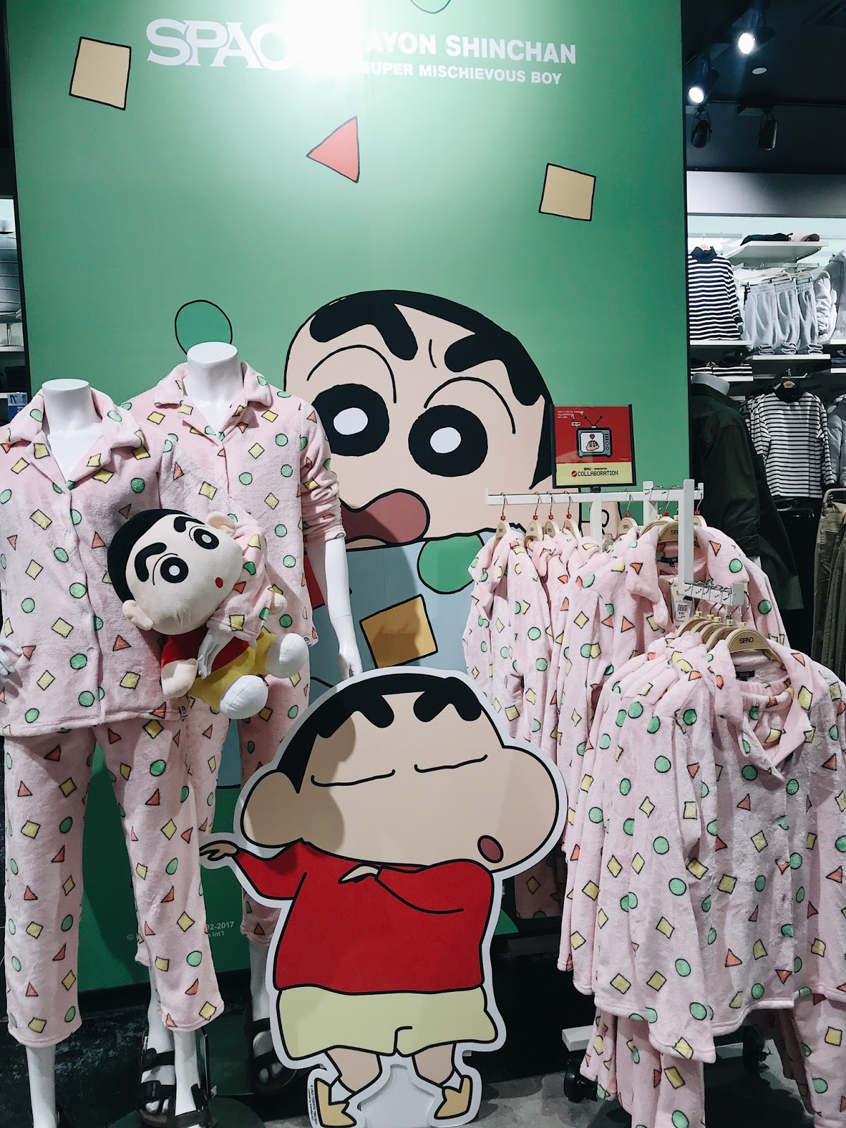 Crayon Shinchan is what everyone is up for now. 3e1e39bfafdf5