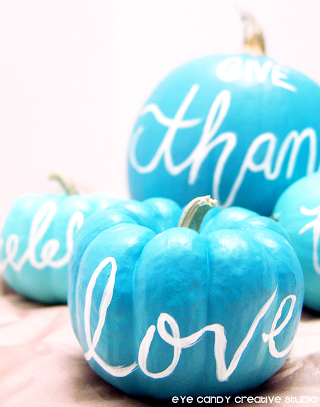 thanksgiving craft, how to hand letter words on pumpkins. love, give thanks
