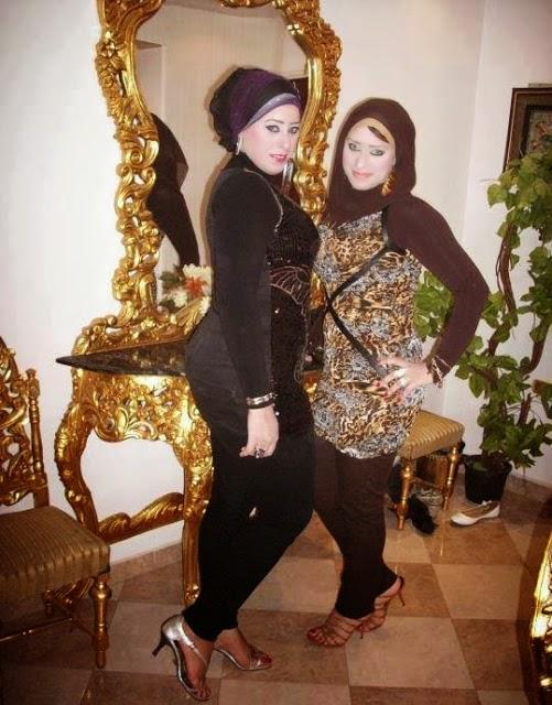 Public Point Beautiful Hot Dubai Girls-9981