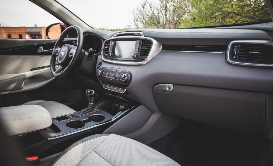 Đánh giá xe Kia Sorento 2016