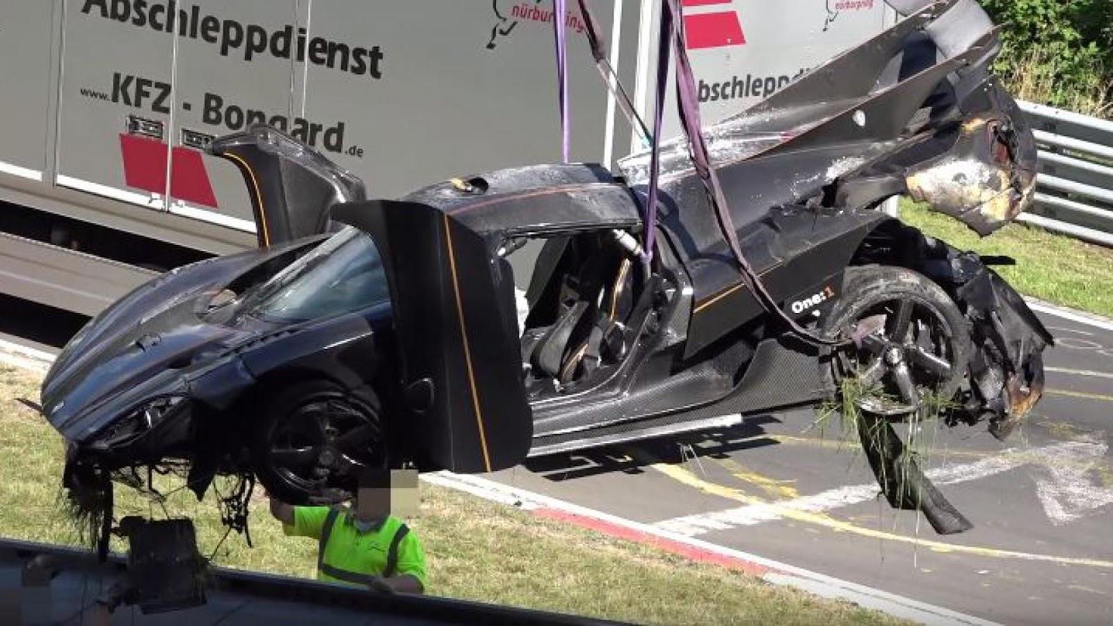 Đây là chiếc Koenigsegg One:1 đầu tiên dính tai nạn trầm trọng trên thế giới