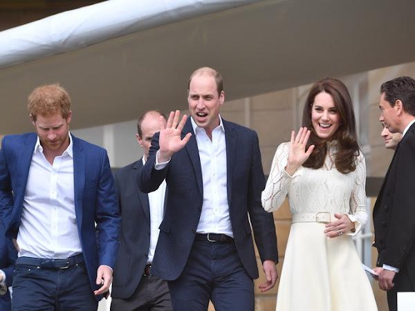 Przyjęcie dla dzieci w Pałacu Buckingham + więcej.