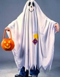 http://www.manualidadesblog.com/disfraz-de-fantasma-para-halloween/