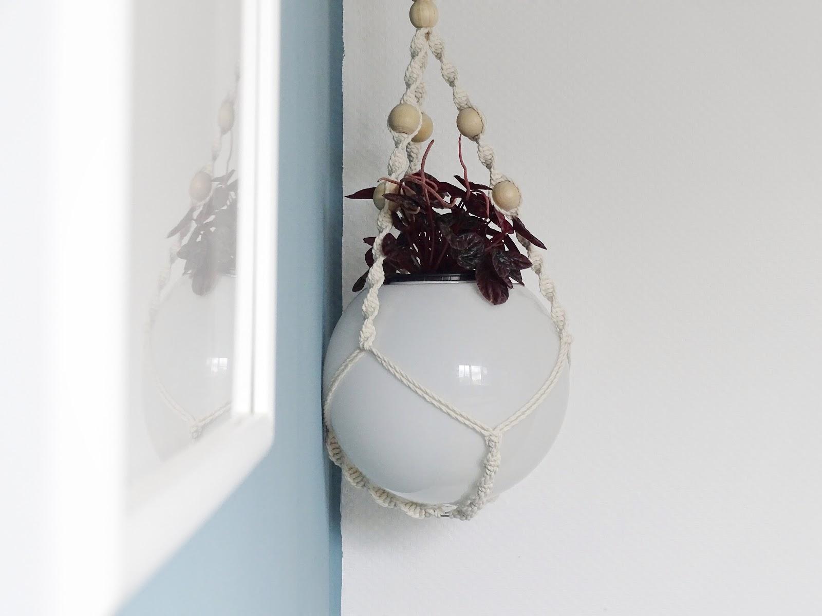 IKEA-Hack - Aus der Leuchte Fado wird eine Blumenampel - 4 wirkungsvolle Wege für ein Raum-Makeover und frischen Wind zu Hause - www.mammilade.blogspot.de