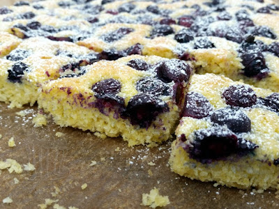 blueberry cocos cake