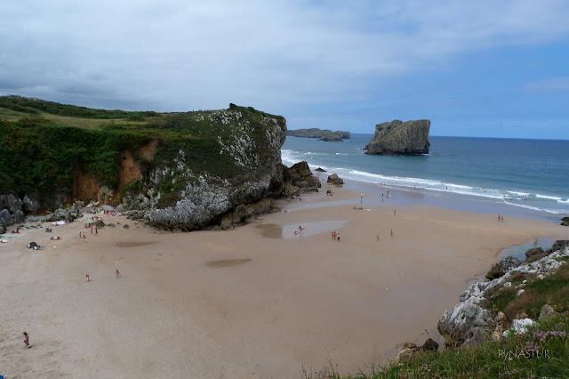 Playa de San Martín - Paisaje protegido del Oriente de Asturias