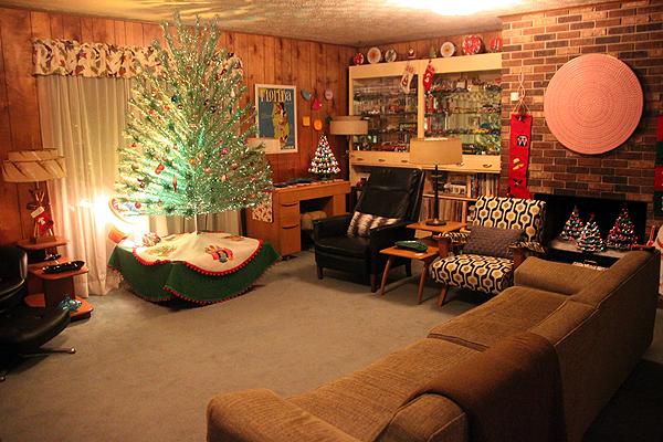 Sherri's Epic Mid Century Modern Christmas Decoration ...