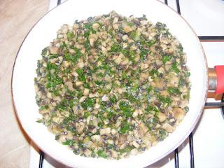 retete preparare umplutura placinta de post cu ceapa si ciuperci,