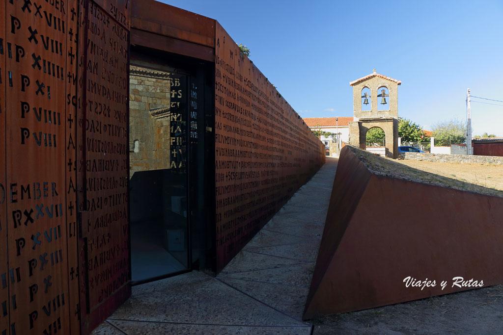 Centro de recepción de visitantes de San Pedro de la Nave