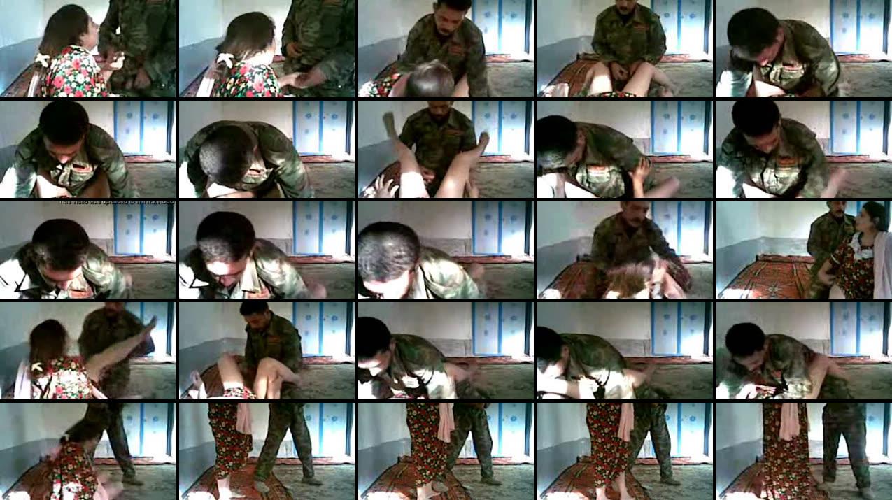 Irakisk soldat Fucking en sød arabiske Kvinder Online Choot Bazaar-1085