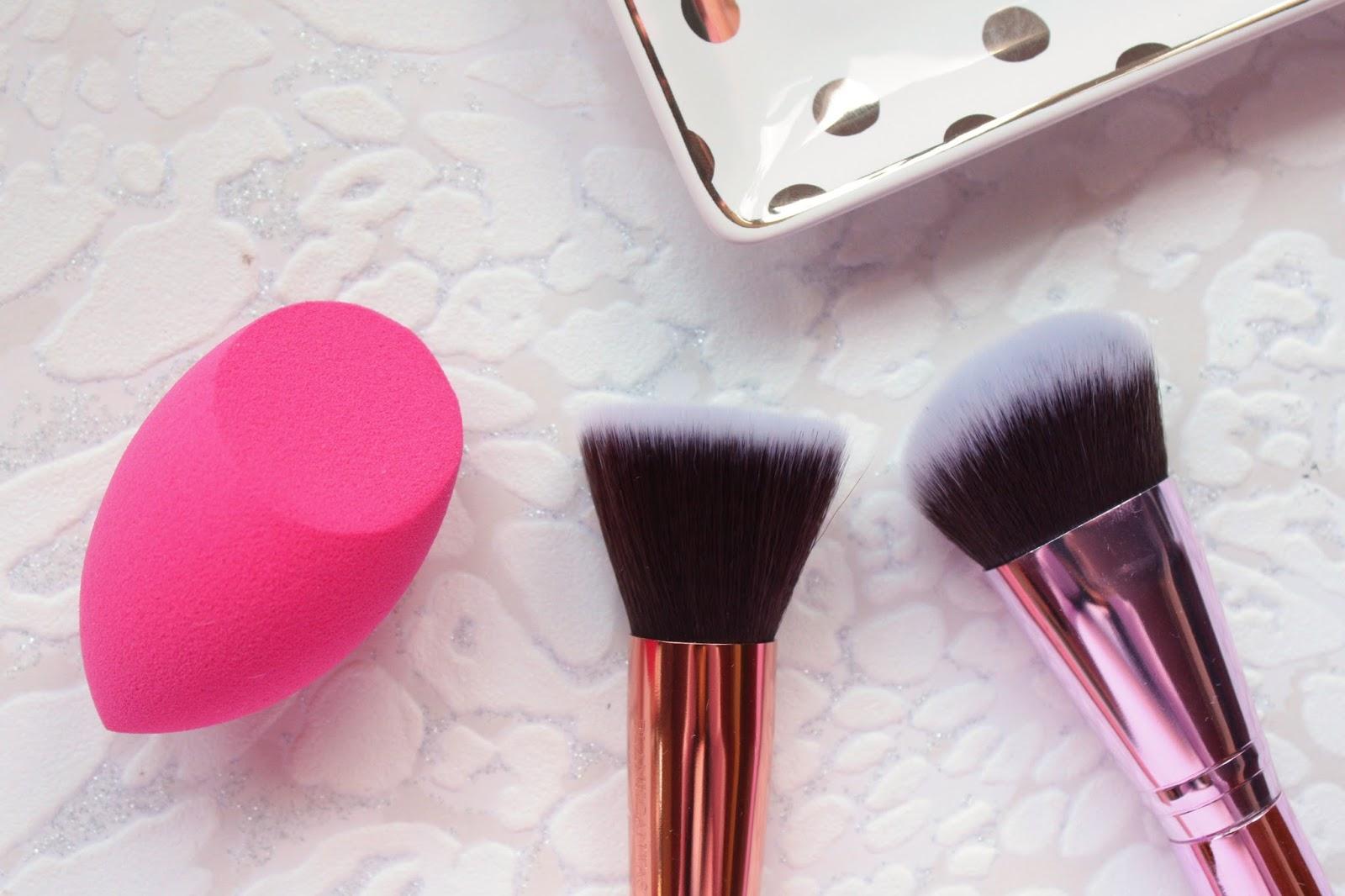 Blank Canvas Brushes & Sponge