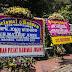"""Tetap Tunggu Keputusan KPU "" Tegas Presiden Jokowi Walaupun Istana Dibanjiri Karangan Bunga"