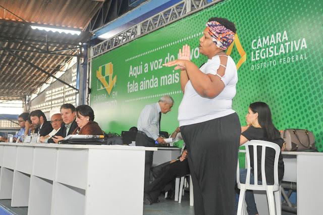 Câmara em Movimento no Cruzeiro tem tradução em Libras