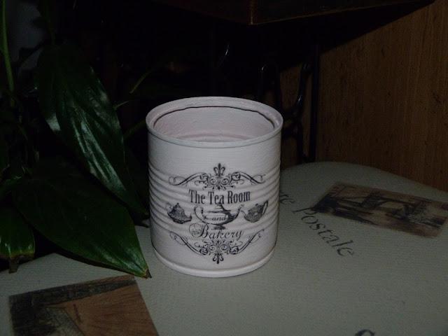 isabelvintage-vintage-caja-fruta-fresas-decorada