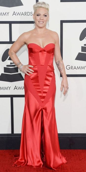 Pink in a red Johanna Johnson dress at the Grammys 2014