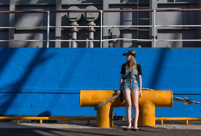 rahtilaiva helsinki vuosaaren satama kesä auringonpaiste