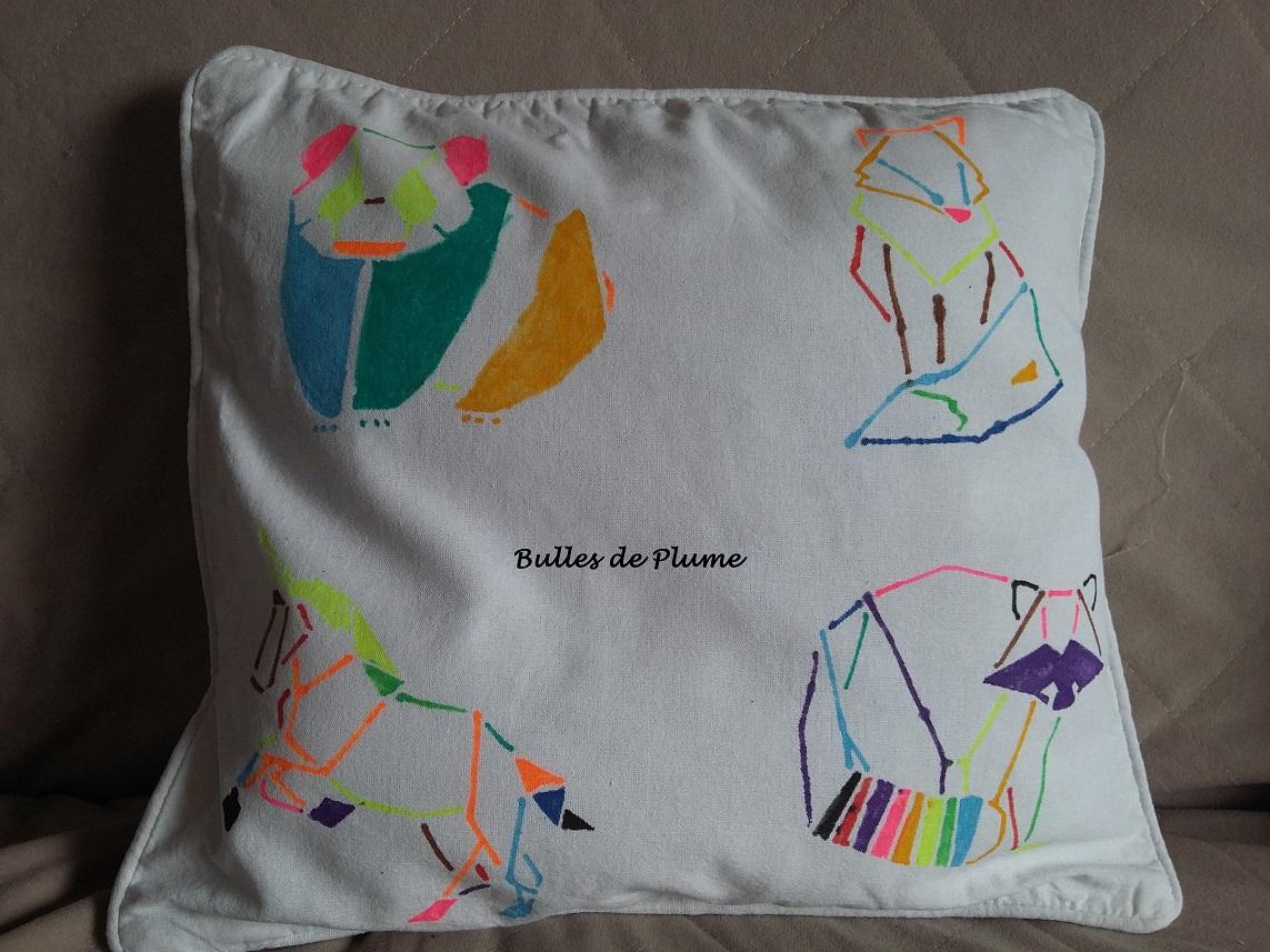 bulles de plume diy animaux origami housse coussin. Black Bedroom Furniture Sets. Home Design Ideas