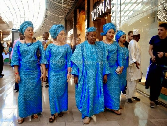 Re:  The Alaafin Oyo takes his 4 Wives out on Shopping in London