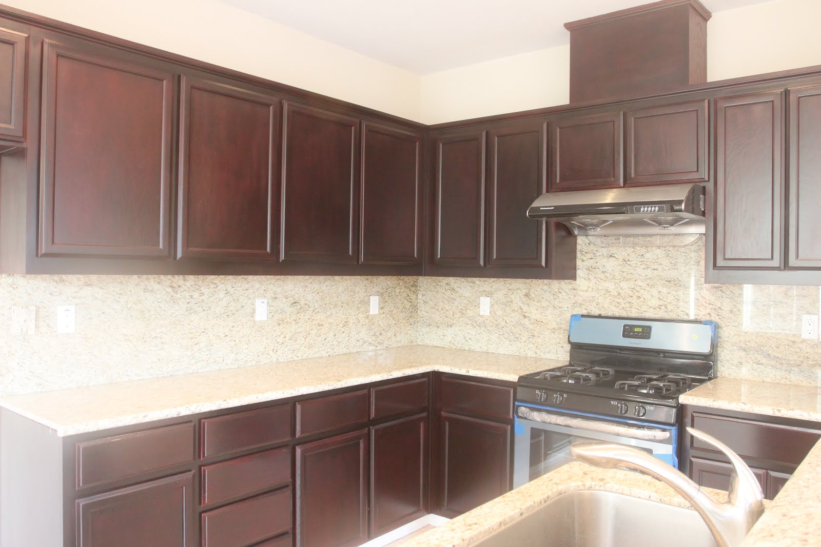 Can Kitchen Cabinets Be Refinished Hong Bo Hardware Supply Refinish Kitchen Oak Cabinets And