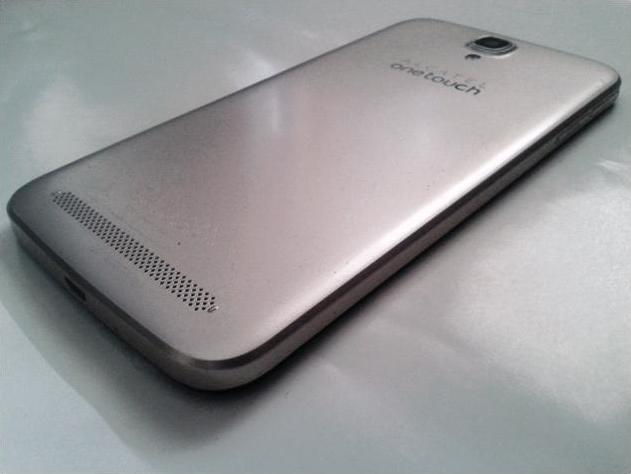 Alcatel OneTouch Flash Plus rear gold glossy side