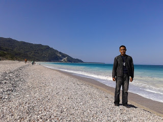 Kolbano Beach, A Unique Beach Studded with Colorful Pebbles