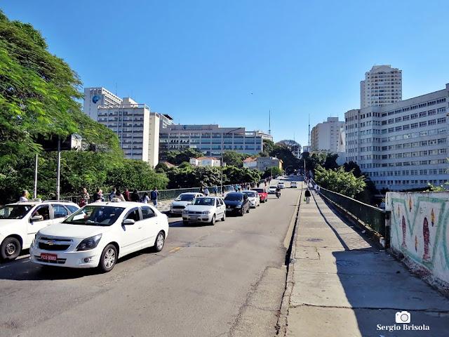 Vista ampla do Viaduto Beneficência Portuguesa - Liberdade - São Paulo
