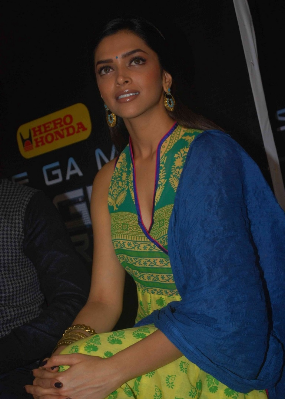 Glamours Deepika Padukone Hot Smiling Face Close Up Stills In Green Dress
