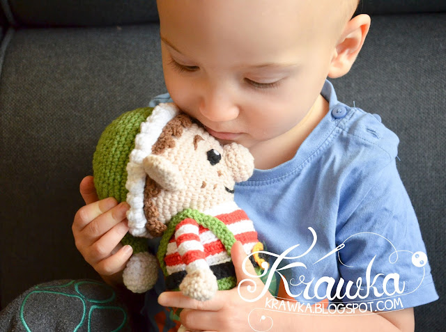 Christmas elf crochet pattern https://www.etsy.com/listing/483323396/crochet-pattern-no-1641-christmas-elf?ref=shop_home_feat_1