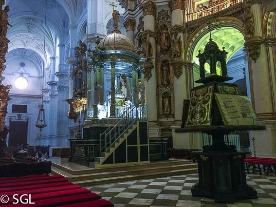 Interior de la catedral de Granada. Los imprescindibles de Granada