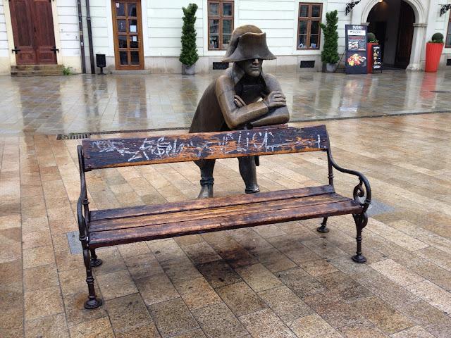 El soldado escultura en Bratislava