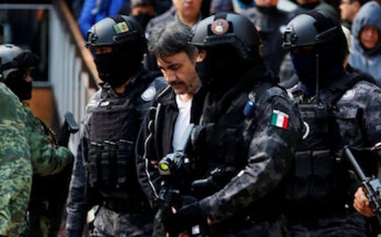 """CAPTURA DE CAPOS """"DETONA MAS VIOLENCIA DE LA QUE """"RESUELVE""""."""