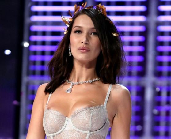 bella-hadid-suffers-double-nip-slip-victoria-fashion-show