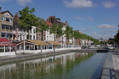 Bruxelles, Quai aux Briques, restaurants, crabe, homard,
