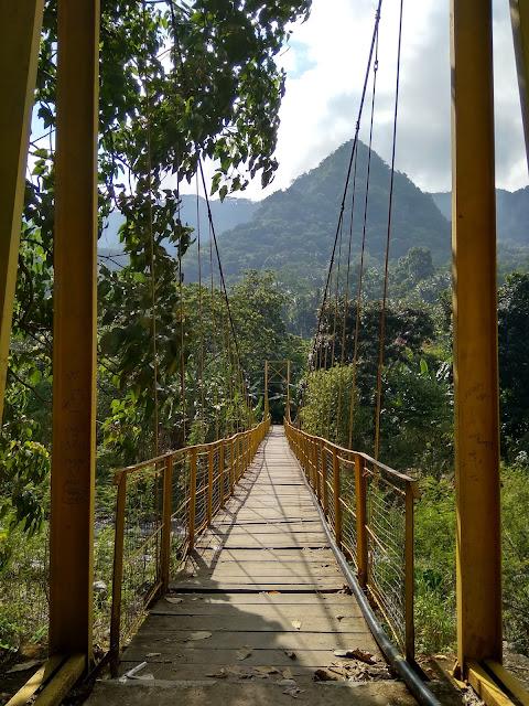 Jembatan Gantung yang Cihuy