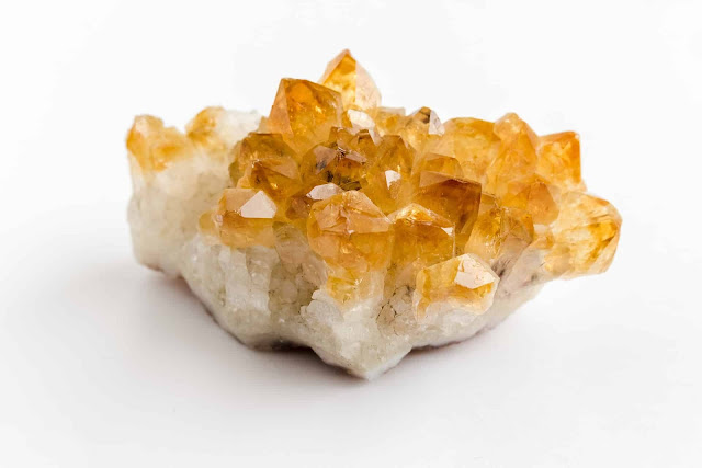 manipura chakra crystals