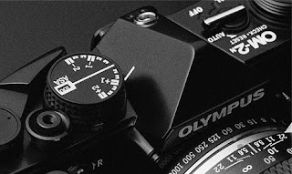 exposure compensation olympus om-2n