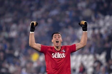 Thomas Strakosha to replace Gianluigi Buffon in Juventus?