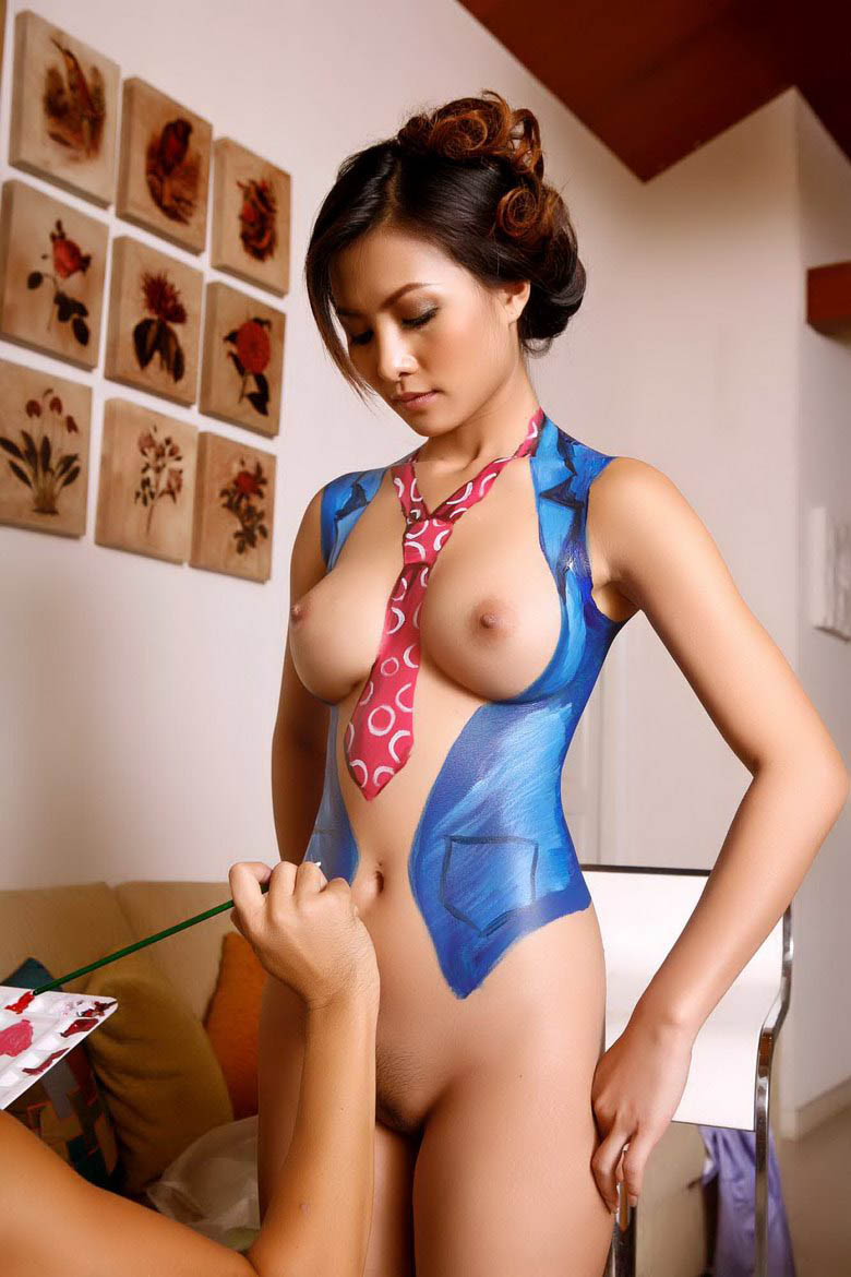 Tamil Sex Back Pose Girls Naked Erena Pine In Body Paint-4811