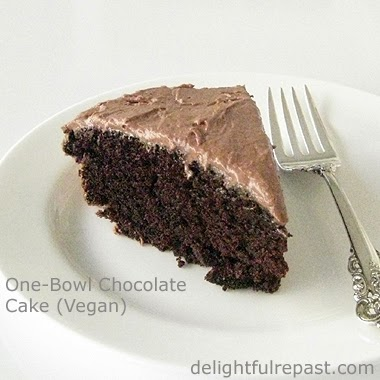 One-Bowl Chocolate Cake - Depression Cake - Vegan Chocolate Cake / www.delightfulrepast.com