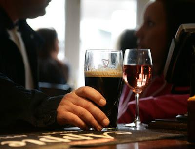 "Ireland's pub, ""Alguien"", Moehringer, McDermott"