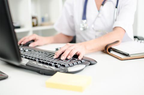 További szoftverfejlesztésekkel bővül jövőre az egészségügyi szolgáltatási tér