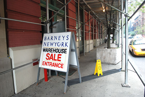 21f2df7721a Barneys Warehouse: Up To 32% Off Frame Jeans Collection+