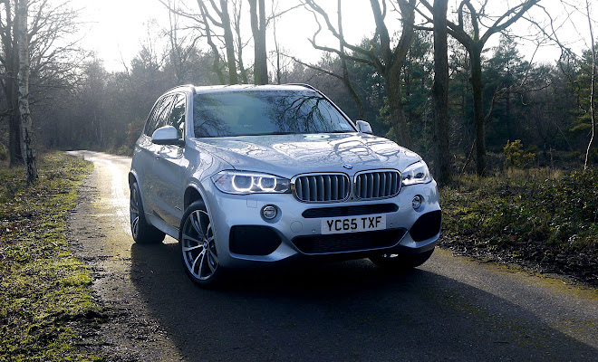 BMW X5 xDrive40e plug-in from the front