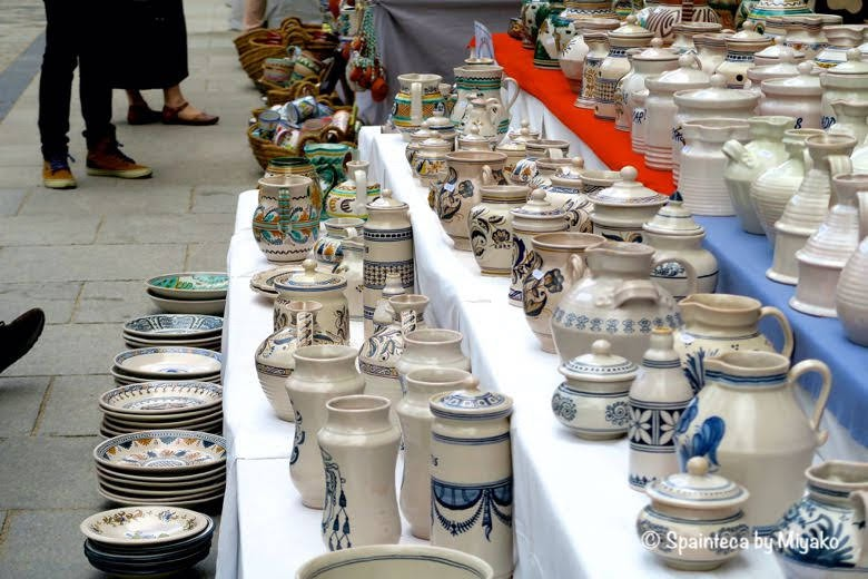 Feria de la Cacharrería マドリードの陶器市の露天商
