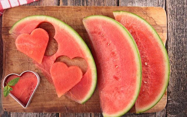 Rebus Biji Semangka dan Temukan Manfaat Sehatnya