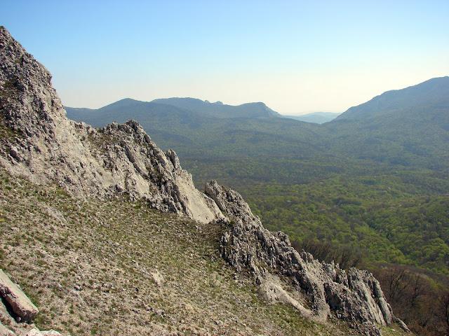 Вид с горы на юго-восток