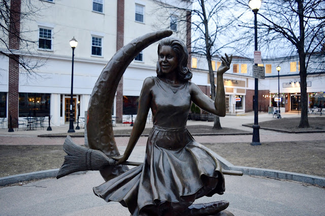Bewitched statue Salem